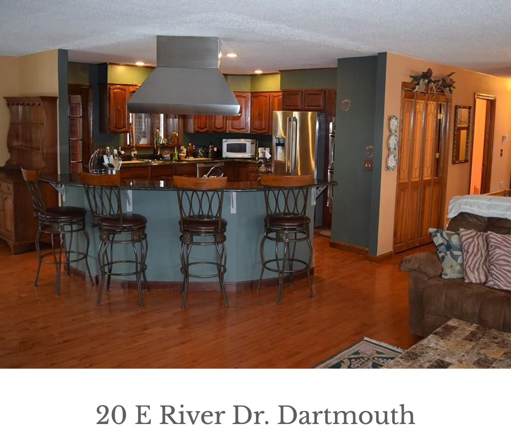 20_E_river_Dr_Dartmouth